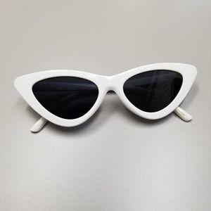 Accessories - Aesthetic Fashion Sharp Cat Eye Sunglasses